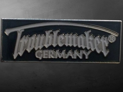 Pin - Troublemaker Germany (schwarz)